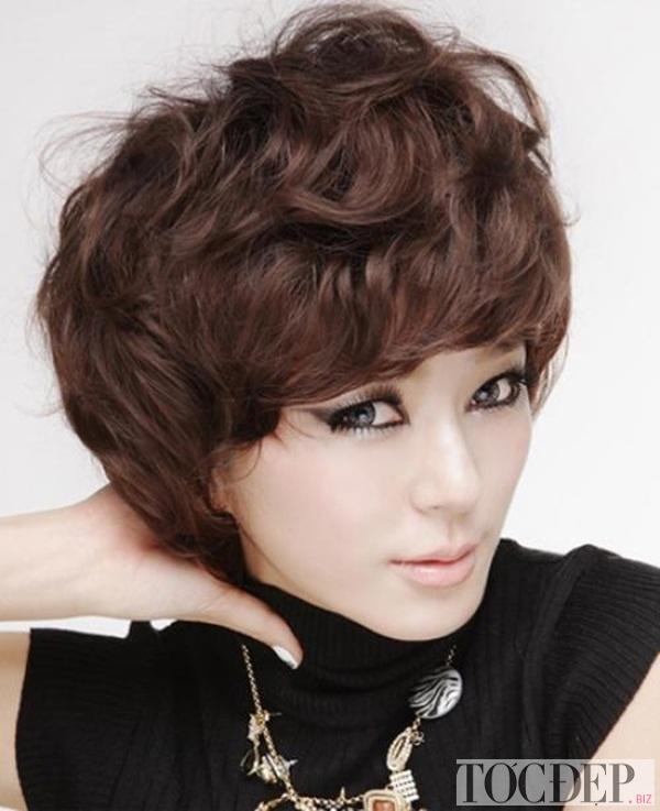 Kiểu tóc bất cân đối