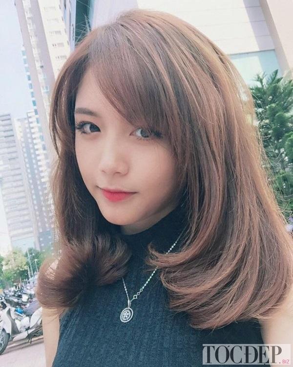 kiểu tóc mái phù hợp với khuôn mặt dài