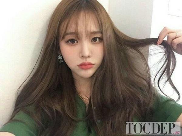 tóc màu nâu rêu