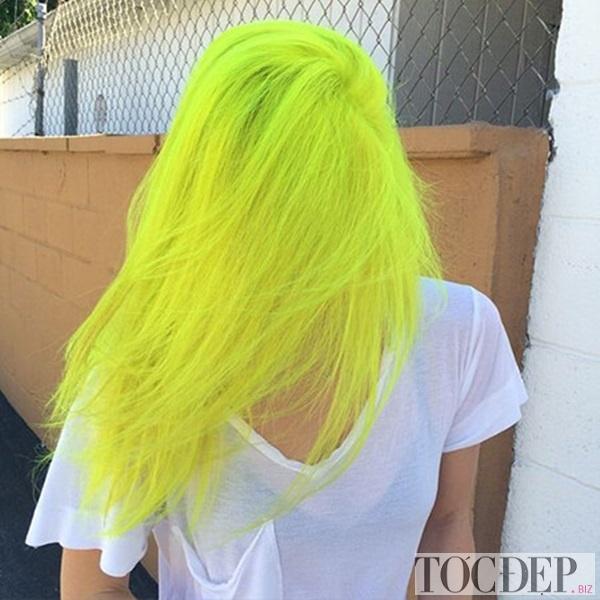 tóc màu vàng rêu