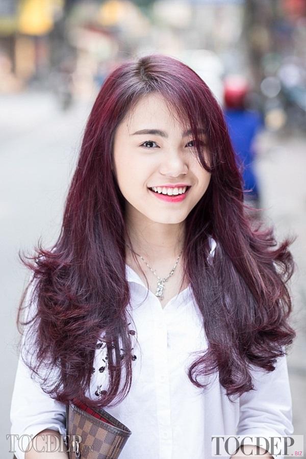 nhuộm tóc màu deep burgundy