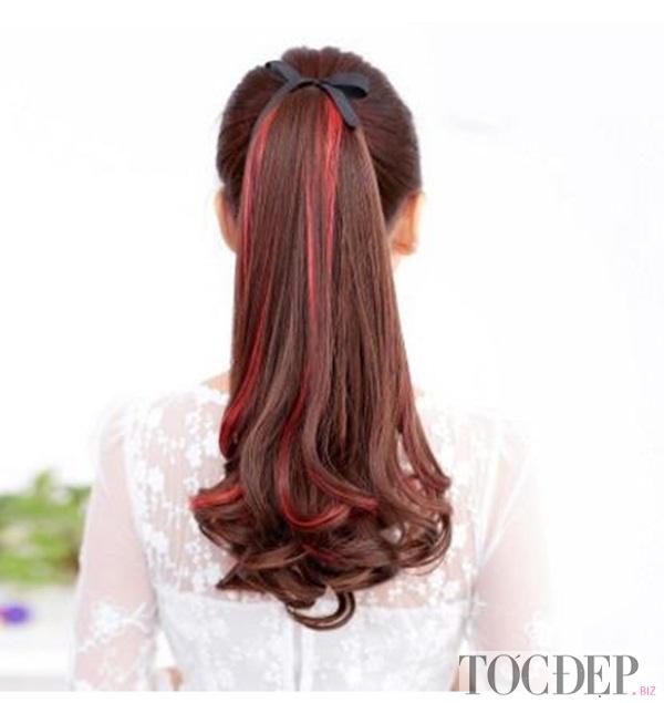 tóc highlight nâu đỏ