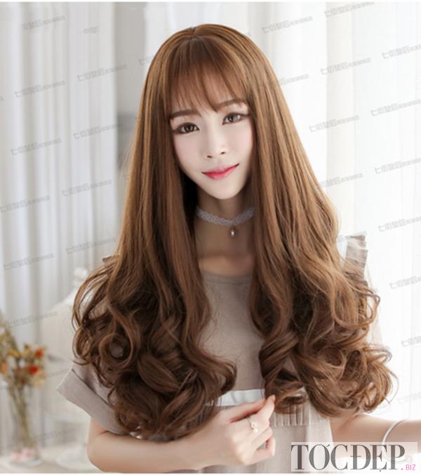 tóc dài ngang lưng uốn đuôi