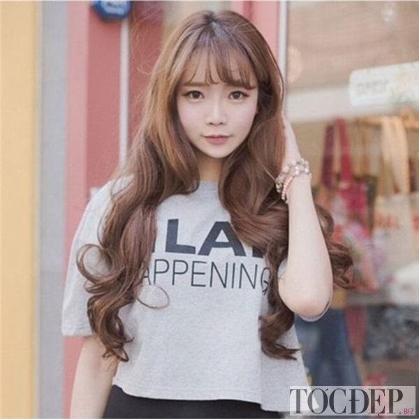 tóc dài uốn đuôi mái thưa