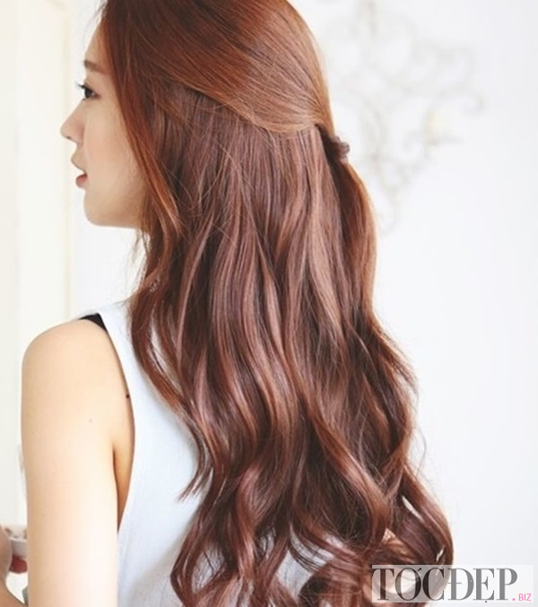 tóc uốn đuôi Hàn Quốc