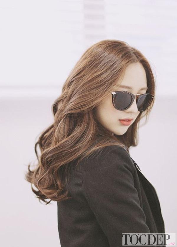 tóc xoăn dài bồng bềnh