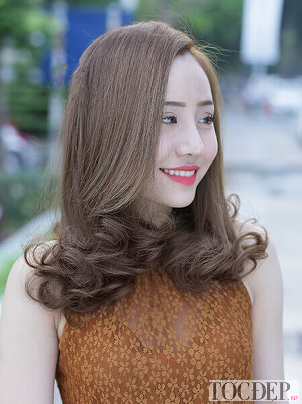 tóc xoăn đuôi